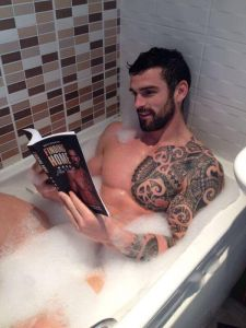 reading in bathtub